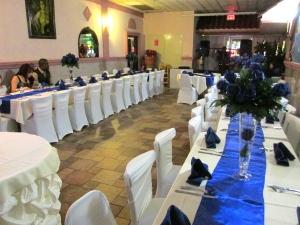 Vista del salón del restaurante, momentos antes de comenzar la ceremonia.