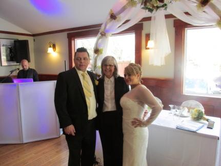 Con la pareja de recien casados