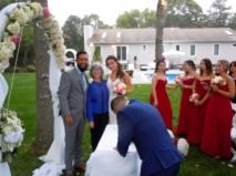 Recien casados felices