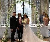 Recién casados, felices y enamorados