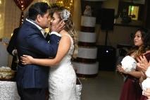 Beso de reciéntame casados