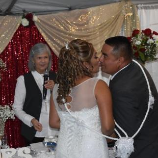 Primer beso de casados siempre dulce